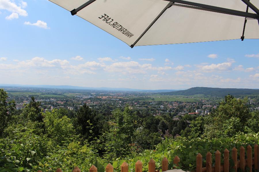 Café mit wunderschöner Aussicht – Café Blickweit und Mia`s Mödling