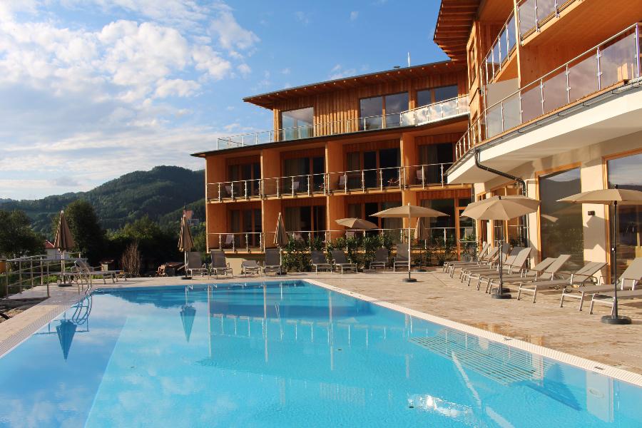 Erholung durch die Kraft der Natur – Vollholzhotel Molzbachhof