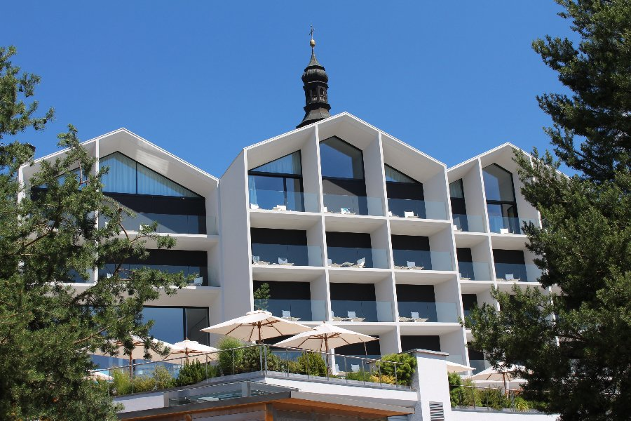 Design Juwel inmitten der Dolomiten – Schgaguler Hotel
