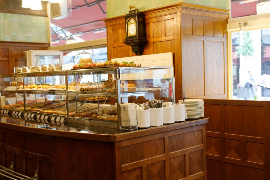 Das schwarze Kameel – Wiens bester Stehimbiss, Restaurant und Bar